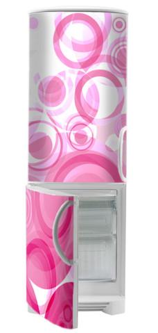 różowa naklejka na lodówkę