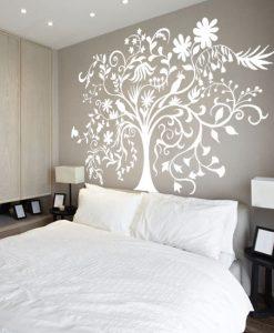 naklejka drzewo w sypialni