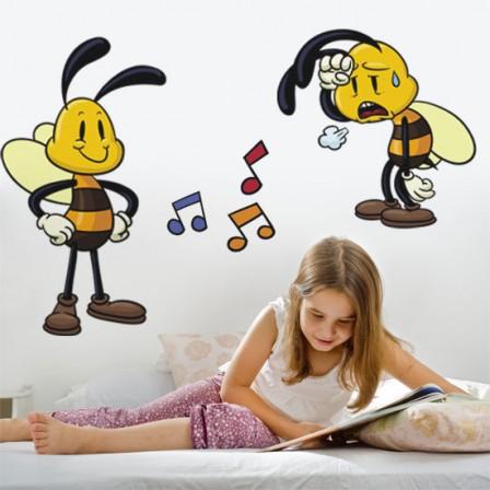 nakleja dziecięca z pszczółkami
