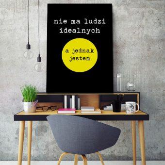 plakat z napisem motywacyjnym