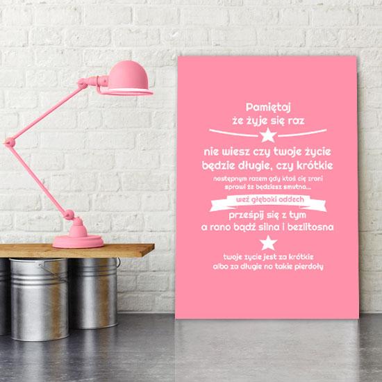 plakaty różowe i fioletowe