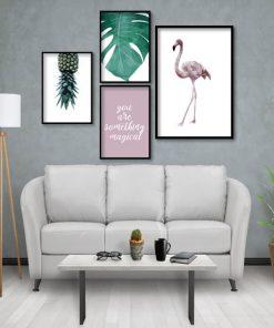plakaty z tropikalnymi wzorami do salonu