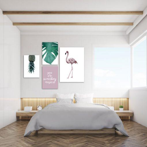plakaty z flamingiem i ananasem
