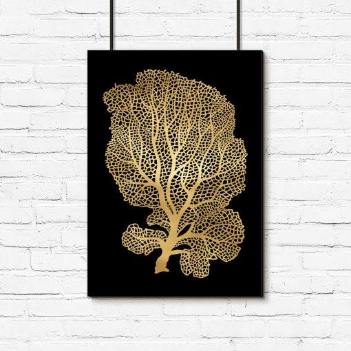 drzewko na plakacie złoto-czarnym