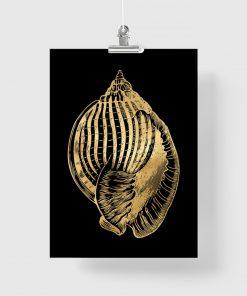 plakaqt z motywem muszelki na pionowym plakacie