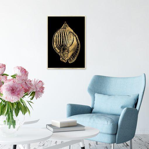 plakat z motywem złotej muszli