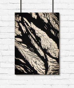 Czarny plakat z roślinną abstrakcją