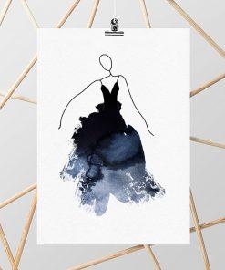 Plakat z rysunkiem kobiety w sukni