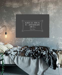 Szary plakat do ozdoby sypialni