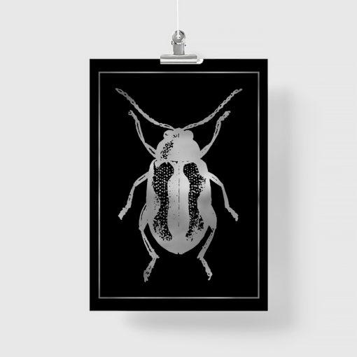 Plakat metaliczny z motywem żuka