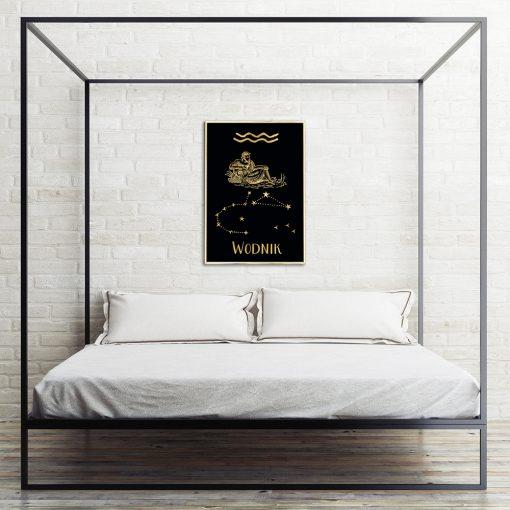 Złoty plakat z zodiakiem do sypialni