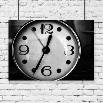 Plakat czarno-biały zegar