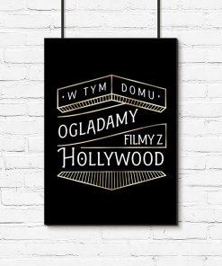 czarny plakat z napisem o filmach