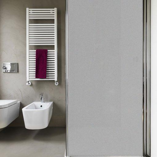 nakłejki na szyby w kabinach prysznicowych
