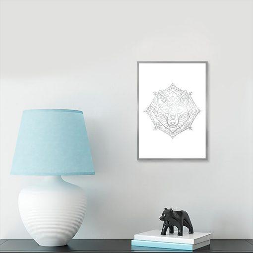 plakat ze srebrnym wilkiem do salonu