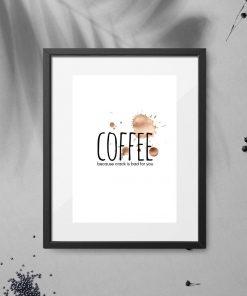 plakat z kawą, napisem i plamkami po kawie
