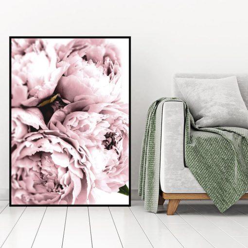 plakat z różowymi kwiatami