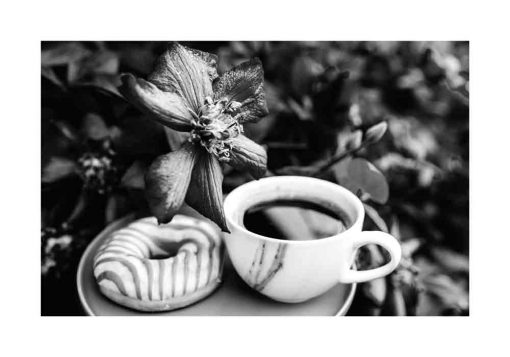 Szary plakat - Kawa i pączek