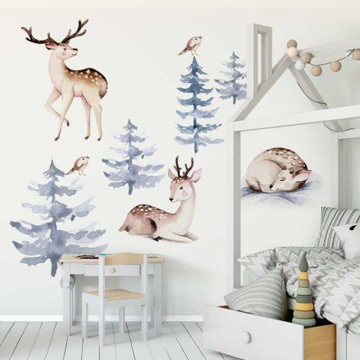 naklejki z lasem i zwierzętami do pokoju niemowląt