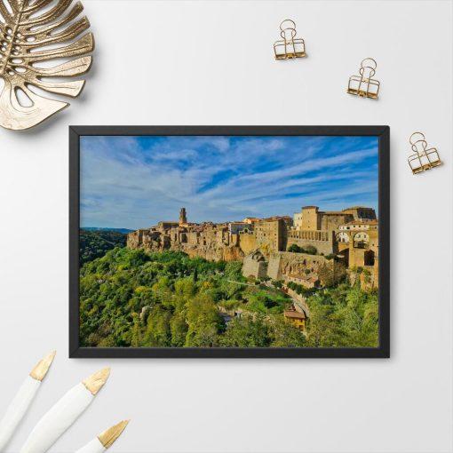 Plakat z miasteczkiem Pitigliano do przedpokoju