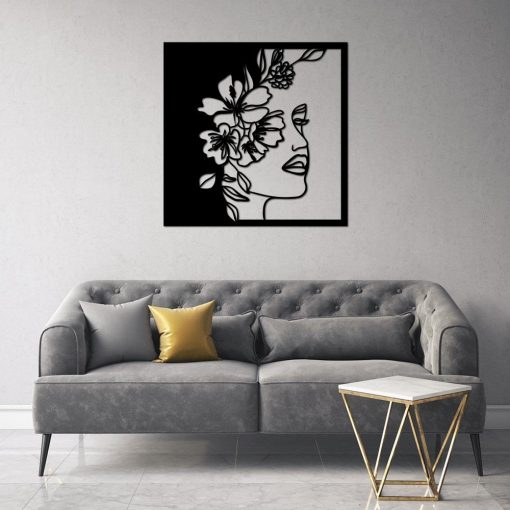 Przestrzenny ornament - kwiaty i twarz