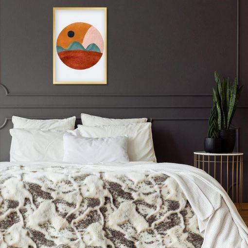 Plakat z brunatnym pejzażem do sypialni