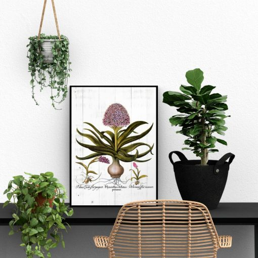 Plakat - Fioletowe kwiaty na deskach do biura