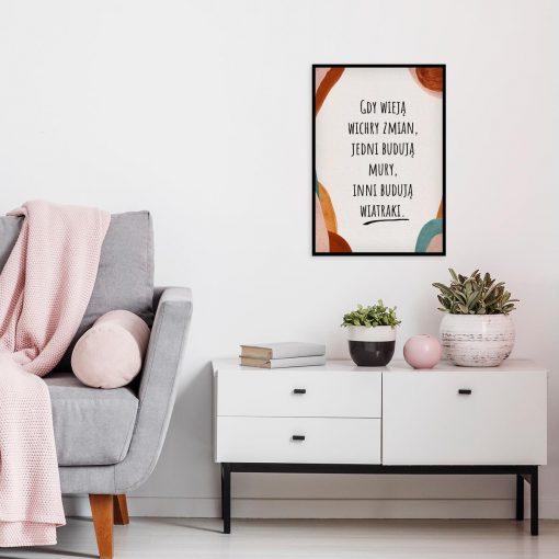 Abstrakcyjny plakat z cytatem do salonu