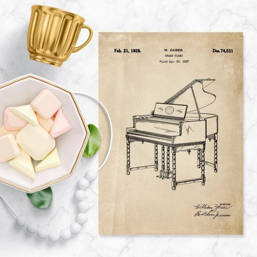 Plakat z patentem - rycina pianina w kolorze sepii