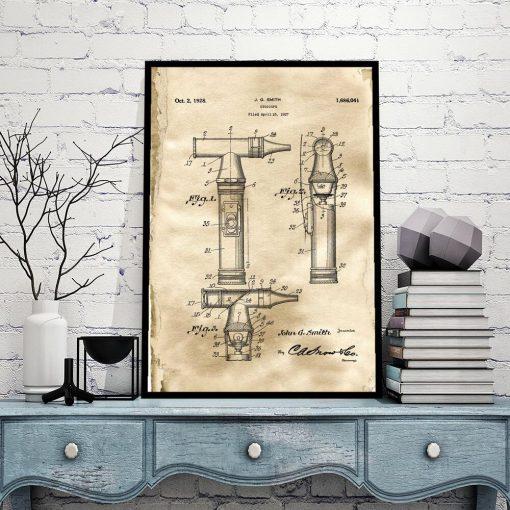 Poster dla lekarza - Patent na otoskop do biura