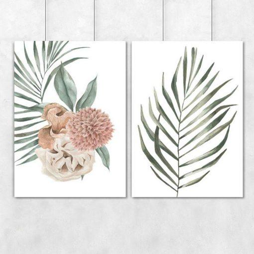 Dwa plakaty z gałązkami palmy i dalią