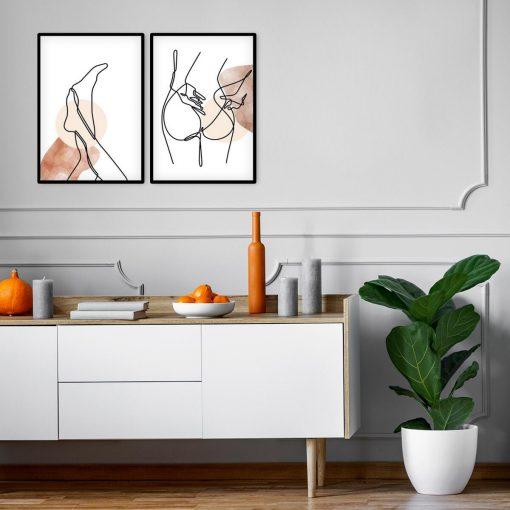Dwa plakaty z kobiecym aktem
