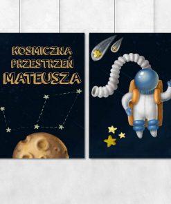 Dwa plakaty z kosmonautą i imieniem dziecka